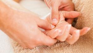 Hand-Massage800x533-795x530